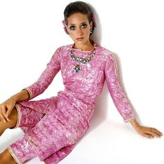 Marisa Berenson - Except for the eyelashes doesn't this look like it was shot yesterday?