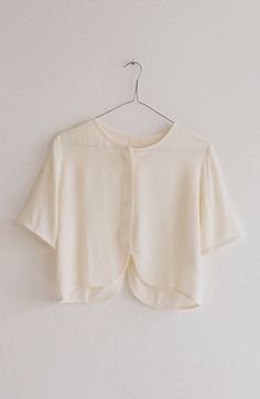 simple paloma wool blouse w/ reverse-scooped hem Love Fashion, Womens Fashion, Mode Inspiration, Pull, What To Wear, Style Me, Cute Outfits, Street Style, Stylish