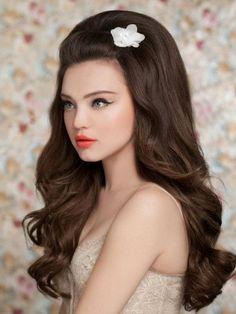 Gorgeous!!! So Priscilla Presley <3