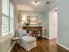 10039 Lakemere Dr, Dallas, TX 75238 | MLS #13363217 | Zillow. DallasLiving  SpacesSingle Family