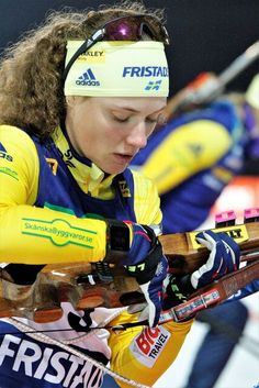 Hanna Oberg Biathlon Olympic gold and silver medallist Hanna Oberg talks about training during the summer months and what it meant to win those titles. Ski Racing, Cross Country Skiing, Winter Olympics, Summer Months, Winter Sports, Strength Training, Sports Women, Athletes, Sweden