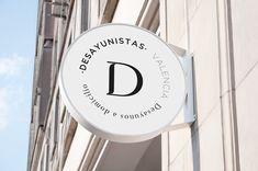 DESAYUNISTAS on Behance Retail Signage, Wayfinding Signage, Signage Design, Branding Design, Boutique Decor, Boutique Design, Bakery Logo Design, Cafe Design, Neon Box