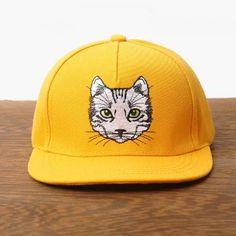 Cute cat embroidered baseball cap