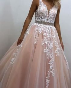 Tulle and Lace Formal Dresses Prom Dresses Wedding Party Dresses - Source by laroviasstudio - Senior Prom Dresses, Strapless Prom Dresses, V Neck Prom Dresses, Wedding Party Dresses, Formal Dresses, Tulle Wedding, Dresses Dresses, Formal Prom, Sweet 16 Dresses