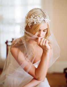 New Twigs & Honey Lace & crystal crown, single layer tulle veil; Photography by Elizabeth Messina; Location: The Stow House. Http://tw. Bridal Headpieces, Bridal Gowns, Wedding Veils, Wedding Dresses, Lace Wedding, Honey Lace, Elizabeth Messina, Wedding Hair Accessories, Hair Piece