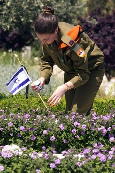 Israeli Memorial Day (Yom Hazikaron) | Israellycool.com  Observed in 2013 on April 15