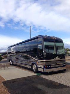 The Outlaw Coach H3 45 VIP Luxury Motorhome