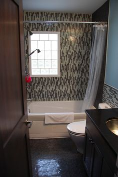 Lovee this tile in the shower!  www.mossbuildinganddesign.com