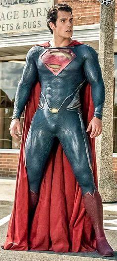 Superman's costume is conventionally red and blue with a 's' on his chest, once again we see a patriotic super hero