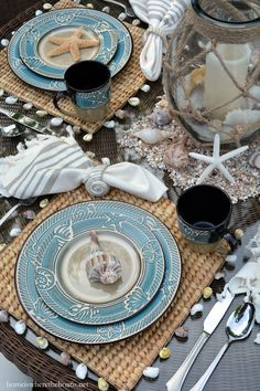 To kick off the unofficial start to summer, I'm taking you to the beach via the table and Pfaltzgraff Montego Dinnerware! Montego by Pfaltzgraff, is inspired by the palett… Coastal Living Rooms, Coastal Homes, Coastal Cottage, Coastal Style, Coastal Decor, Dresser La Table, Nautical Home, Nautical Table, Nautical Design