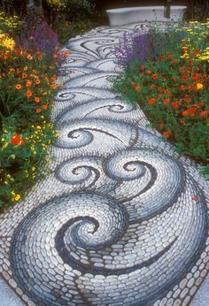 - Beautiful Garden Path Designs and Ideas for Yard Landscaping with Stone Pebbles 10 Unique and Creative DIY Garden Path Ideas DIY Cozy Home. These are beautiful. If I ever have a house with a garden, Im doing this. Mosaic Walkway, Mosaic Rocks, Pebble Mosaic, Stone Mosaic, Rock Mosaic, Pebble Art, Pebble Floor, Mosaic Diy, Dream Garden