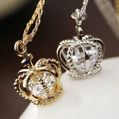 Min.order is $10(mix order) Free Shipping 2013 New Crown with Crystal Pendant Necklace - ZZKKO http://zzkko.com/n297123 $15.36 ARS