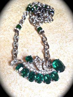 Green rhinestone necklace Handmade by JNPVintageJewelry on Etsy