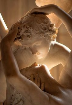 Psyche revived by the kiss of love, Antonio Canova The Louvre . - Psyche revived by the kiss of love, Antonio Canova The Louvre - Brown Aesthetic, Aesthetic Art, Aesthetic Pictures, Aesthetic Statue, Aesthetic Drawings, Aesthetic Clothes, Aesthetic Painting, Aesthetic Vintage, Renaissance Kunst
