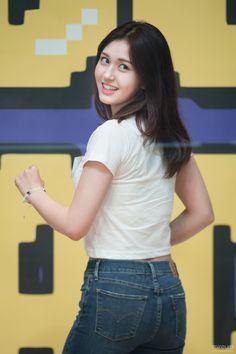 Photo album containing 10 pictures of SOMI Jeon Somi, Sexy Asian Girls, Beautiful Asian Girls, Kpop Girl Groups, Kpop Girls, Gym Girls, Boys, Korean Beauty, Asian Beauty