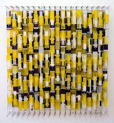 http://www.maryboonegallery.com/exhibitions/2008-2009/jacob-hashimoto/gfx/jacob-hashimoto-10264.jpgからの画像