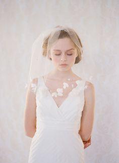 Petals soft blusher veil