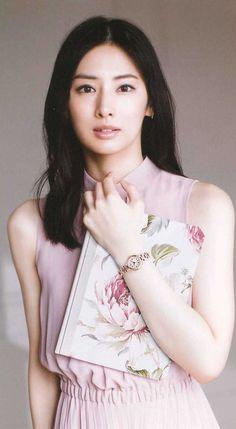 Keiko Kitagawa, Chinese Actress, Beautiful Women, Actresses, T Shirts For Women, Tank Tops, Face, Oriental, Beauty