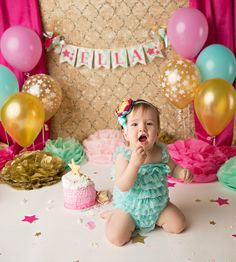 CAKE SMASH BANNER / 1st birthday girl / 1st birthday banner / Twinkle twinkle little star birthday / Pink and gold first birthday / Banners by SweetGeorgiaSweet on Etsy https://www.etsy.com/listing/241199918/cake-smash-banner-1st-birthday-girl-1st