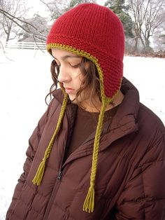 Thorpe ARK by throughtheloops, via Flickr free pattern ... bulky wgt ... 100 -130 yards