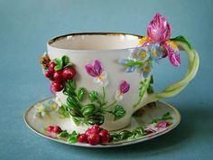 pretty floral teacup