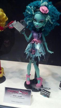 Karlota - Monster High Dolls: agosto 2013