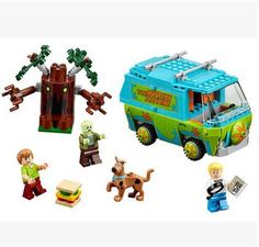 Mystery Machine Scooby Doo Building Set (305 Pieces):  Price: $24.90 & FREE Worldwide Shipping.  Visit us and see our 300+ catalog.  We sell toys, materials and costumes with a learning purpose.  Your kids will thank you later!