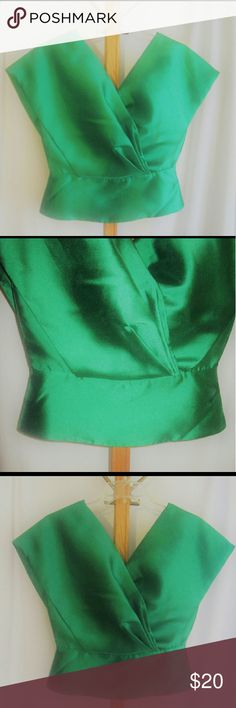 NWT Emerald green  top NWT Gourges viverint green unique top. Perfect with skirt or pants a true beautiful statement 👌💚 Tops