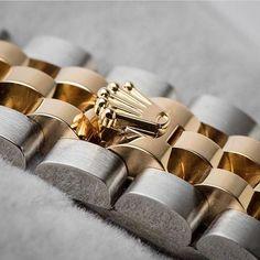 REPOST!!!  The most desirable crown 👑 ~ ~ ~ ~ 📷  Via @time4diamonds ~ ~ ~ #hooked2luxury ~ ~ ~  #watches#swissmade#patek#luxurywatches#luxurywatch#wristshot#dailywatch#watchesofinstagram#watchcollector#watchoftheday#watchaddict#watchmania#hermes#watchfam#watchporn#wristwatch#relogio#orologio#montre#timepiece#watchlover#watch#rolex#bracelets#instawatch#richardmille  Photo Credit: Instagram ID @hooked2luxury