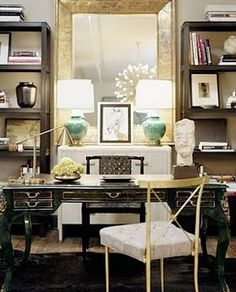 I don't always love Kelly Wearstler's interiors, but this workspace is fabulous.