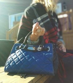 Pre owned authentic Michael Kors quilted hamilton handbag 95$CAN. FashionWoo ship in Canada and throughout the US. #fashionwoo #michaelkors #fall2015 #fashionistas #ootd Blue Quilts, Handbags Michael Kors, Designer Handbags, Hamilton, Marc Jacobs, Louis Vuitton, Canada, Ootd, Ship