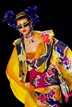 seaborder:    John Galliano for Christian Dior Fall Winter 2003 Ready-To-Wear