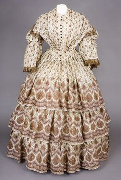 1850s (early) ___ Day Dress ___  Wool Gauze ___ from The Tasha Tudor Collection at 2012 Whitaker Auction