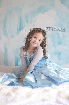 Photography / Children photography/ Frozen Elsa little girl  www.lorieannphotography.com