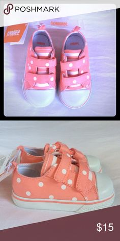 🎀NWT Gymboree Polka Dot Shoes🎀 Darling pair of peach Gymboree Velcro shoes with little polka dots. NWT! Size 7. Smoke FREE home as always! 💕 Gymboree Shoes Sneakers