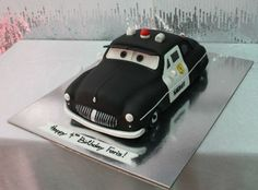 Sheriff car cake - by House of Cakes Dubai @ CakesDecor.com - cake decorating website