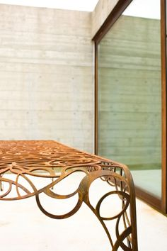 Rectangular metal garden table RADICI by De Castelli  | design Patrizia Pozzi