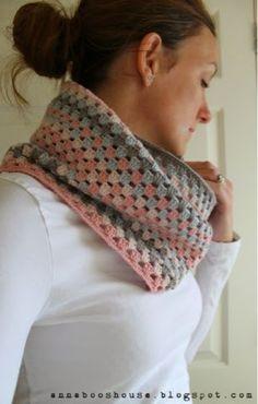 Granny Stripe Cowl, free crochet pattern designed by Sarah Shrimpton   Annaboo's House