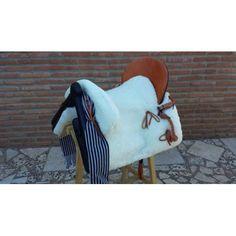 silla vaquera mixta Blanket, Saddles, Bed Covers, Blankets, Comforter, Quilt