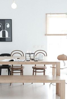 Elegant Bench of Stylish Dining Room Furnitures - Home of Pondo - Home Design Dining Table With Bench, Kitchen Benches, Kitchen Dining, Kitchen Island, Bentwood Chairs, Wooden Chairs, Scandinavian Home, Dining Room Furniture, Beautiful Interiors