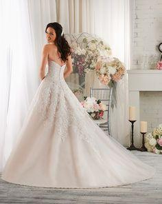 424 - Bonny - Collections | Bonny Bridal