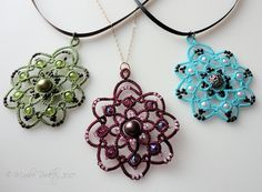 """Suddenly, I have an urge to learn tatting ~~ Yarnplayer's Tatting Blog: The pattern is ready! """"Rotation"""" pendant in beaded tatting"""
