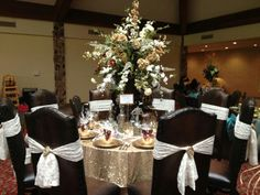 Gold table cloth for head table