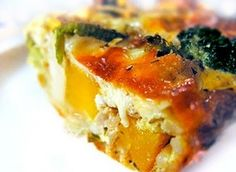 Crustless Quiche with Broiled tomatoes