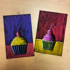 Cool Art Projects-famous artists | Wayne Thiebaud - Cupcakes Value Study