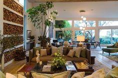 Le coin salon de la maison de Patrick Dempsey est chaleureux. Plus de photos sur Côté Maison http://petitlien.fr/83o1