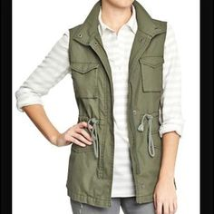 ISO this old navy army green utility vest!! I have been searching high and low for this army green vest from old navy and I can not for the life of me find it anywhere!!! If anyone would be willing to sell it to me I would love you forever!!! Looking for ideally a size small but I could probably go with a medium as well! Thanks!! Old Navy Jackets & Coats