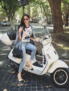 Claudia Salinas - Chanel Runway Sunnies, Vintage Nirvana T Shirt, Chanel Two Tone Slingback, Zara Ripped Cropped Jeans, Chanel…