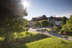 Bad Mitterndorf, Ab Sofort, Mansions, House Styles, Tourism, Summer, Mansion Houses, Villas, Fancy Houses