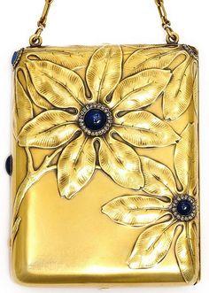 Art Nouveau - Fabergé - Compact 'Anémones' - Or, Saphirs et Diamants - 1896-1908
